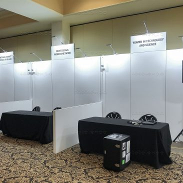 Stands at Simmons Leadership Conference 2019